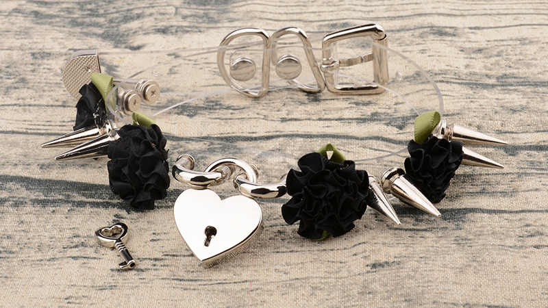 New Sexy Handcrafted Wholesale Harajuku Rose Clear Safe PadLock Heart Collar Chokers Necklace Flower Double Spikes Vinyl Chaplet 10