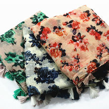 Hot sale flowers colours tassels design Scarf/scarves ladies scarf Muslim headscarves bandana silk scarf Free Shipping 10pcs/lot