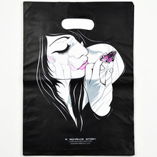 100pcs 15*20cm Black White Girl Plastic Shopping Bags With Handle New Wedding Plastic Jewelry Gift Packaging Bags Handle Z019(China)