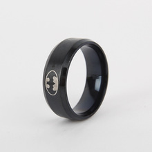 2017 Men's ring, tungsten gold personality tail single offered fashion ring for Christmas Black batman Stainless steel ring(China)