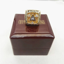 Factory Direct Sale KOBE BRANYT 2002 Los Angeles Lakers Basketball Championship Rings With Fabric Boxes