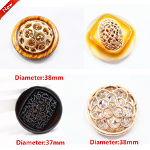 1 pcs,37-38mm mix  fashion metal acrylic Fur buttons, Mink coat buttons. Rhinestone buttons. big with a diamond buckle.accessory