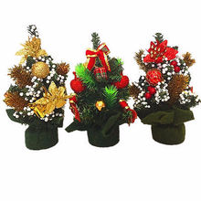 New Mini Christmas Tree Festival Party Ornaments Red Gold with Foam Xmas Decoration Christmas Trees Gift(China)