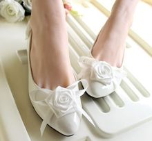 Flat wedding shoes bride white color rose flowers satin bows female ladies dance party bridal flats shoes(China)