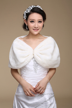 Free Shipping Winter Sleeveless White Bridal Wraps Warm Ivory Faux Fur Bridal Bolero Crop Black Faux Fur wedding Jacket AL5459