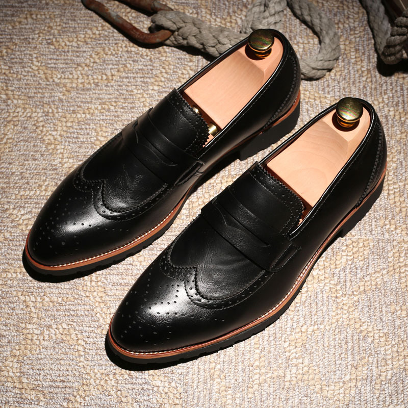 Bullock Carve Men Loafers Fashion Genuine Leather Men Brogue Shoes Mens Slip On Breathable Pointed Toe Leather Shoes Size 38-44<br>