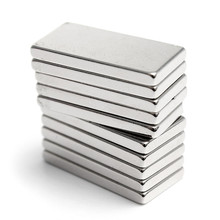 5Pcs 20mm x 10mm x 2mm N35 Super Strong Neodymium Magnets Block Cuboid Rare Earth Magnet 20 x 10 x 2mm Hot Sale