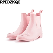 Female Rainboots Short Pink Women Ankle 2017 Waterproof Slip On Boots Pointed Toe Chelsea Shoes Flower Cheap Chinese New Ladies(China)