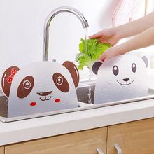 1pc Cute panda shape sink water splash pool impermeable baffle plate gadget suction cups rack kitchen accessories plastic shelf
