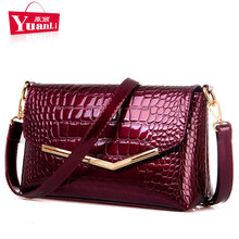 Luxury Designer Women Messenger Bags Woman Crocodile Pattern Patent Leather Handbag Female Small Shoulder Bag Day Clutches 2017(China)