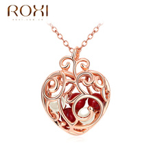 2017 ROXI Necklace Women Rose Color Lovely Heart With Red Beads Inside Pendant Christmas Gifts Cute Girls Necklace Pendant