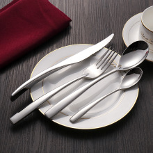 24pcs Westerm Dinnerware Set Stainless Steel Knives Forks Dessertspoons Royal Silver Cutlery Sets 1set Service 6person F latware