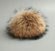 50pcs/ lot DIY 50pcs Promotion! 100% Real Raccoon Fur Pom Pom 15CM Winter Skullies Beanies Hats/Cap/Bags/Key Natural Fur Pompoms