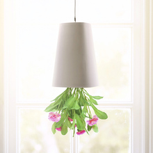 1 Pcs Big Size 19*13.5*13.5cm Flower Pots Hanging Plastic Flower Pots Garden Sky Planter Upside-Down Planters Green Plants Pot