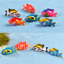 2Pcs DIY Goldfish Fishes Dollhouse Landscape Miniatures Accessories Ornaments Home Garden Decor Resin Material 3*1.9cm(China)