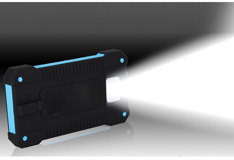 Green Power Portable Solar Power Bank for iPhone