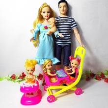 New Design 6 People Dolls Suits 1 Mom / Dad /3 Little kelly/1 Baby /1 Walker/1 Carriage for barbie doll Real Pregnant Doll Gifts