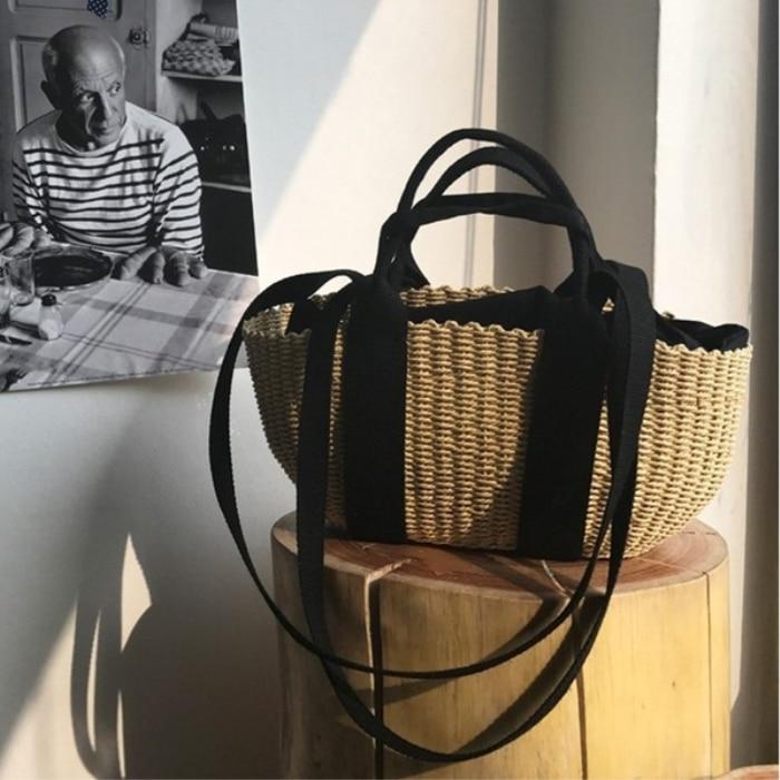 2017 Autumn new sweet weaving grass handbag shoulder bag retro bag<br>