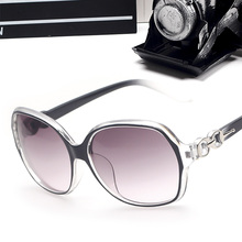 2017 Sunglasses Women Classic Cat Eye Style Brand Designer Fashion Shades Color Plastic Sun Glasses oculos de sol