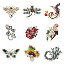 2017 Natural animals Brooch pins Bee Dragonfly Butterfly ladybug Parrot Bird Cat lizard Brooches For women Crystal Brooch