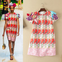 The spring of 2017 new fashion ladies temperament tee Flower Beaded Jacquard in batch
