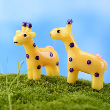 10Pcs/Set Kawaii Zakka Adorable Cute Cartoon Yellow Curly Tail Deer Diy Crafts Figure Fairy Garden Gnome Moss Terrarium