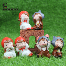 Roogo 3 pcs/lot Little Red Riding Hood and Timber wolf resin crafts Decoration best selling kawaii cartoon children's day gift(China)