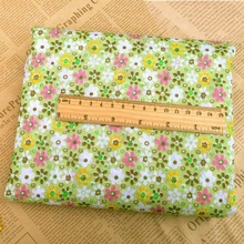 Hot Sale 50*50cm 7Pcs Printed Cotton Fabric Patchwork Sewing Fabric Cloth Felts Home Decor Pattern Bundle for Sewing Dolls Craft(China)