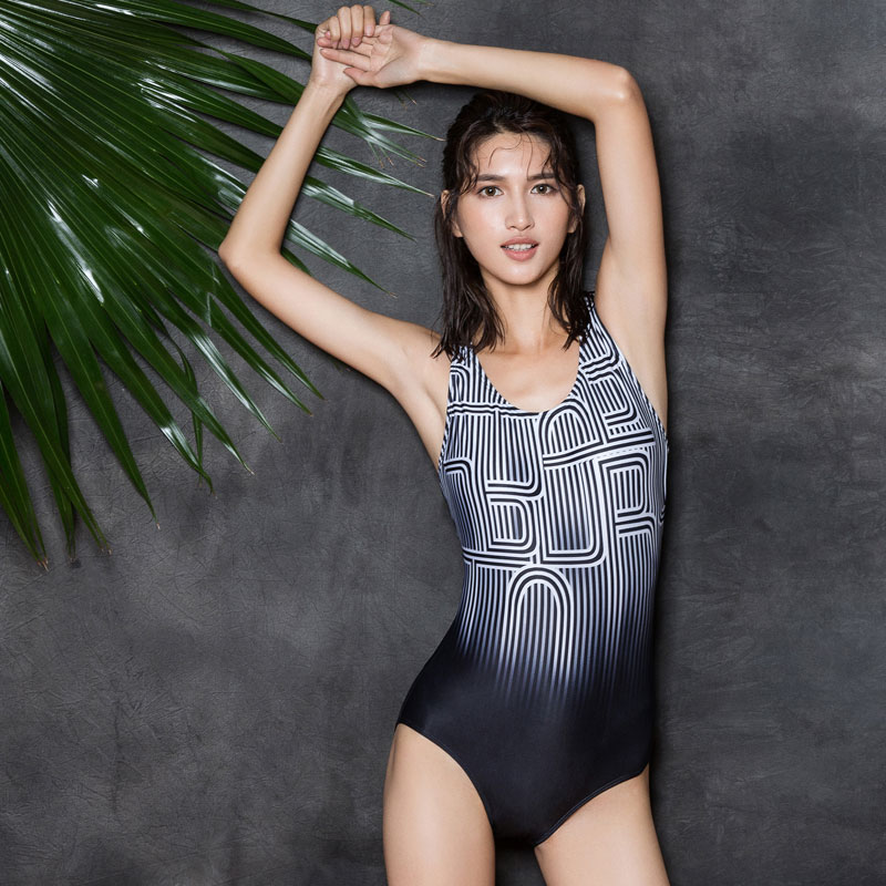 Gradient Printed Women One Piece Swimsuit New Arrival Swimwear Female Striped Bodysuit High Quality Professional Sports Monokini<br>