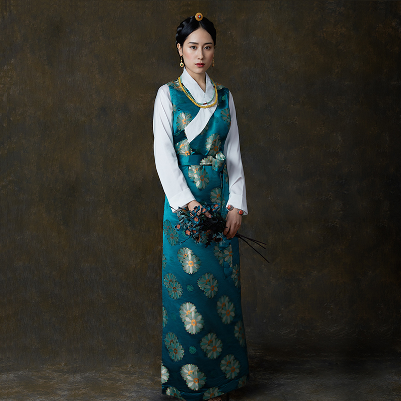 Silk Cotton Satin flowers Autumn Wear Tibetan Lhasa dress Tibet Daily Traditional Gown Robe Unique Ethnic minority clothes