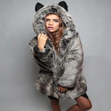 2017 Winter Coat Thick Warm Collar Hooded Cute Ear Artificial Fur Coat Women Faux Fur Coat Brand Fashion Luxury Women's Coats