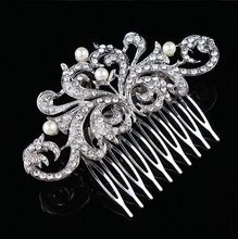 3.85 Inch Silver Tone Rhinestone Crystal and Ivory Pearl Flower Wedding Hair Comb Bridal Hair Decoration Vintage Jewelry