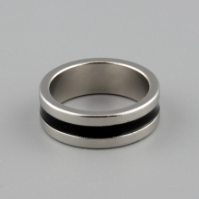Color Silver+Black Finger Magician Trick Props Tool Hot New Strong Magnetic Magic Ring L 20mm