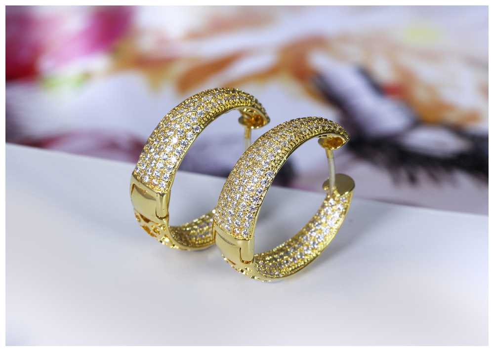 gold hoop earrings 04