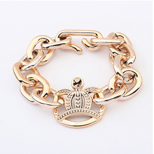 2016 interlocking crown temperament elegant simple joker bracelets sell like hot cakes