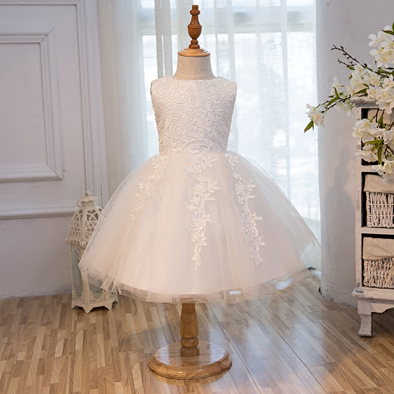 2017 Sweet Elegant Childrens Princess Lace Flower Wedding Party Costume Dresses Pure White Color Beautiful Girls Dress For2~8ys<br>