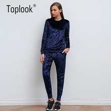 Toplook Velvet Tracksuit Two Piece Set Women Sexy Pink Long Sleeve Top And Pants Bodysuit Suit Runway Fashion 2017 Trainingspak(China)