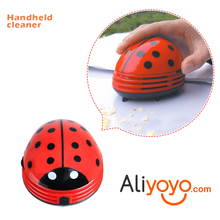 Creative 4 Colors Cute Beetle Ladybug Cartoon Desktop Vacuum Desk Dust Table Cleaner Portable Mini Keyboard Cleaner Red 200g(China)