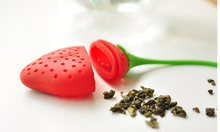 Noverty  Oriental Flavor Loose Leaf Herb Strainer Cute Designed Silicone Strawberry Shaped  Tea Infuser Fashionable Fruit Filter