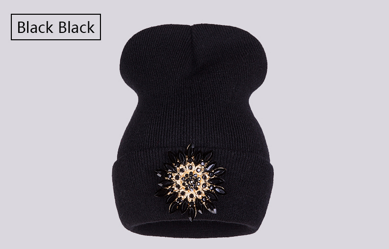 Ralferty 2018 Winter Hats For Women Knitted Luxury Flower Crystal Beanies Hat Female Skullies Caps Black Streetwear Gorras Gorro 6