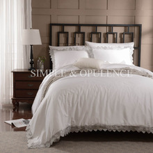 100% cotton 400TC luxury Duvet Cover Set royal embroidered bedding with wedding lace including  white quilt cover and pillowcase