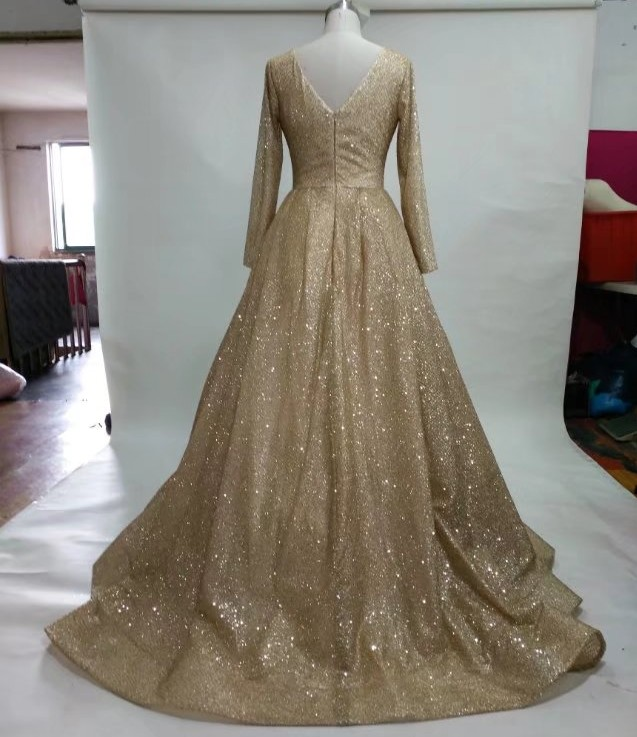 V neck gold wedding dress_conew1