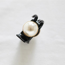 2 Pcs/lot korean Hair Accessories Imported Jewelry A Large Pearl Pin Contracted Horsetail Banana Hair Bow Clip(China)