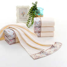 Easy to clean and will not fall colors Rectangle Cotton Rose Embroidered Face Towel Bath Beach Absorbent Drying Washcloth