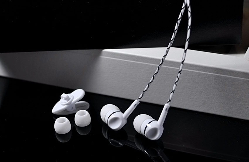 Aimitek In-Ear Universal Earphone Hifi Super Bass Earbuds Stereo Headsets with MIC Hands-free for Mobile Phone Earpods Airpods