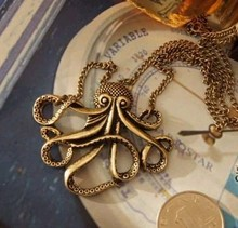 N026 Latest Fashion Pirates Of the Caribbean Octopus Man Retro Long Necklace Jewelry Factory Direct