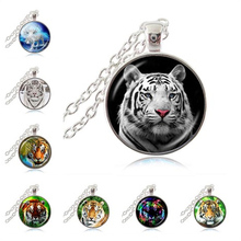 Tiger Necklace Nature Big Cat Pendant Jungle Wildlife Animal Jewelry Glass Cabochon Silver Bronze Sweater Necklace for Lover