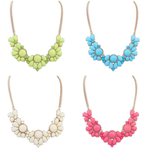 Factory Direct Fashion New Elegant Flower Crystal Choker Necklace Women Statement necklaces & pendants Gift XY-N352