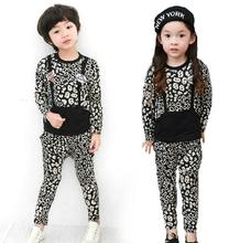 Free Shipping 2017 New Spring Autumn Kids Boys Girls leopard T shirt + pants set children's Sport suit sets(China)