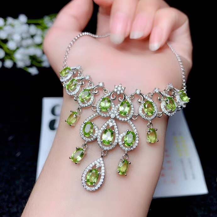 Luxury style necklace, natural olivine necklace, shop promotion specials, 925 silver